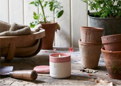 Granny's Garden smelly wax candle