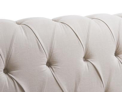 Bagsie sofa - button detail
