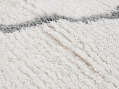 Casbah fluffy woven rug close detail