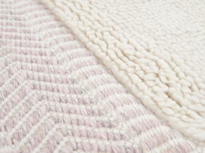 Loom rug in Dusty Pink 4