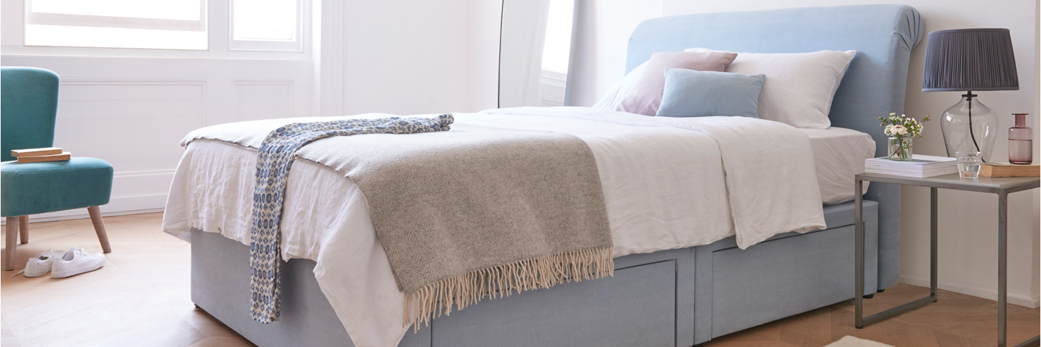 Luxury blanket sofa and bed throw