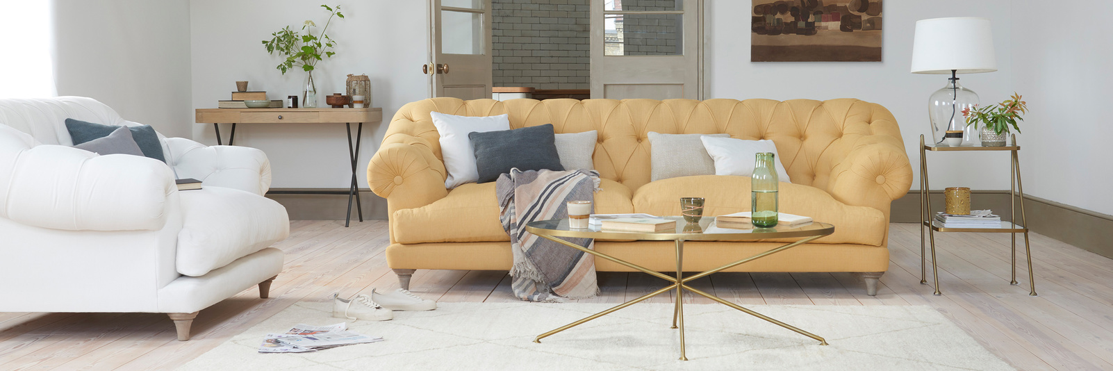 Bagsie Upholstered Button Back Sofa