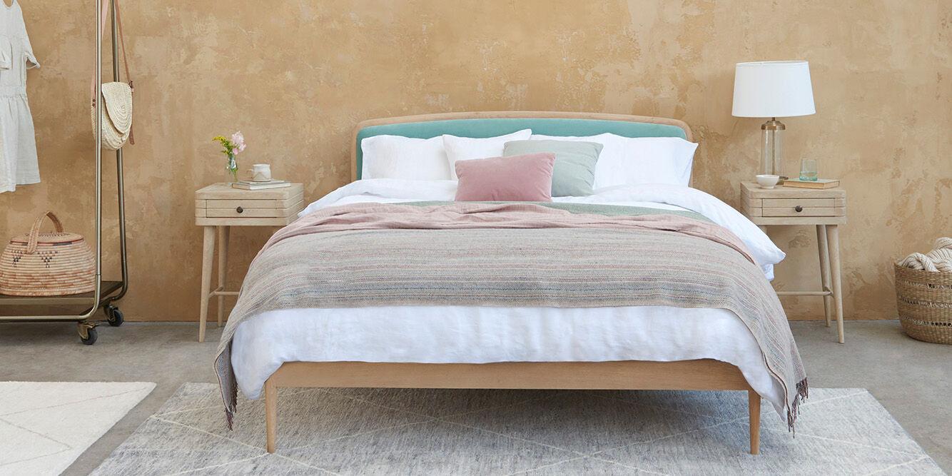 Bed Banner
