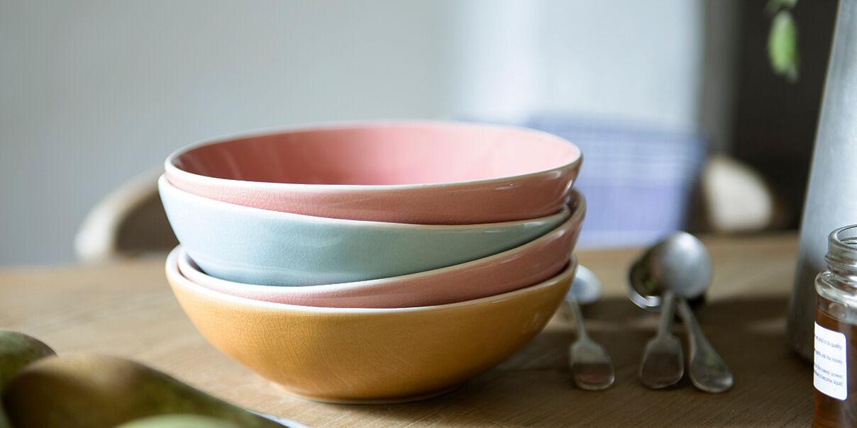 Diggins colour ceramic pudding bowls
