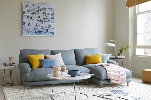 Slowcoach classic chaise sofa