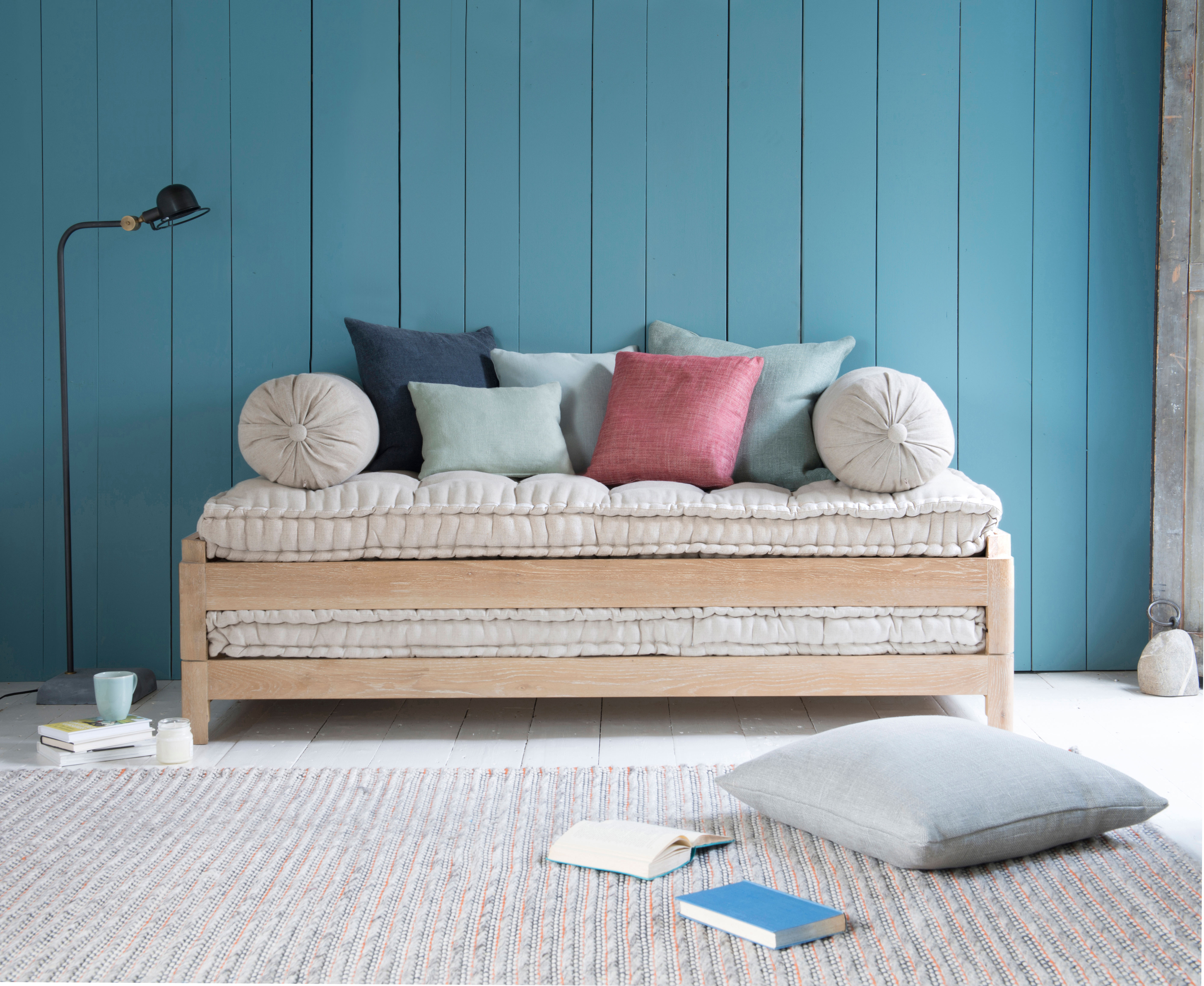 Gorgeous Oak Daybed Two Pack Loaf