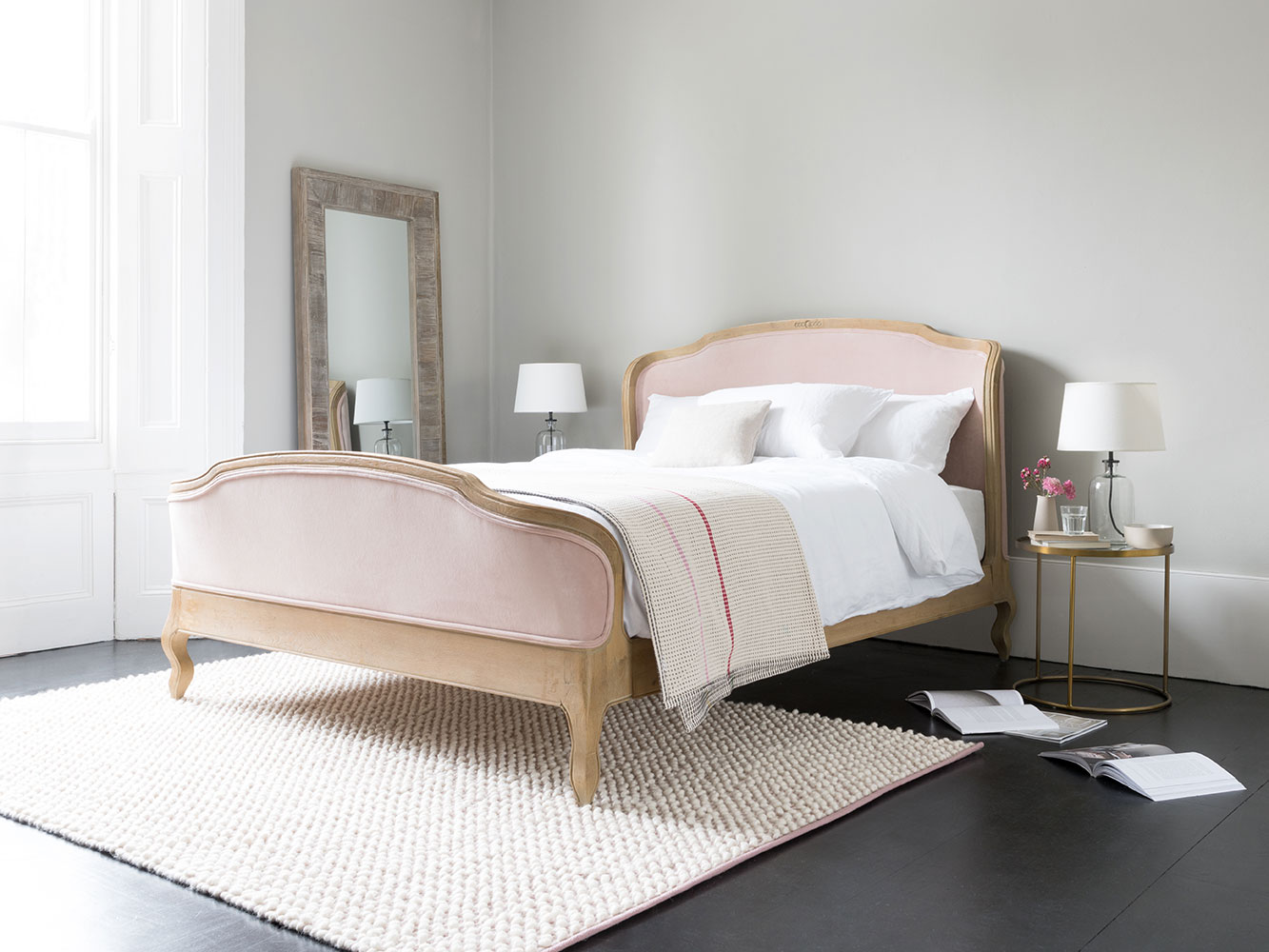 Double Joëlle Bed in Natural linen