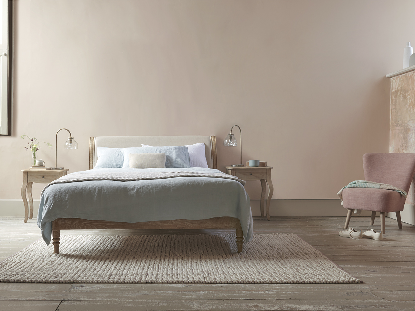 Double Darcy Bed in Natural linen