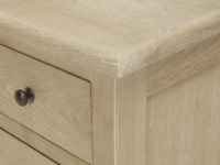 Legacy bedroom chest of drawers in solid oak and a French vintage style