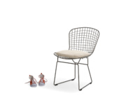 Hamburger industrial metal wire kitchen chairs with linen cushion pads