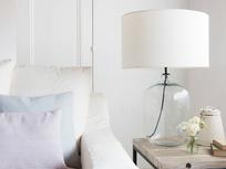 Large flagon glass lamp
