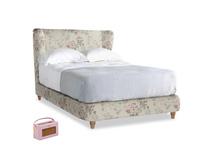 Double Hugger Bed in Pink vintage rose