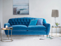 Modern Butterbump button back chesterfield sofa
