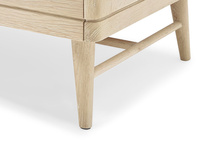TV Bubba small wooden TV stand leg detail