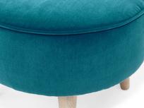 Footdoggle upholstered round foostool detail