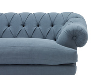 Bagsie chestefield sofa front detail