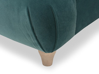 Souffle luxury sofa leg detail