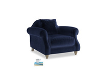 Sloucher Armchair in Goodnight blue Clever Deep Velvet