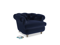 Swaggamuffin Armchair in Goodnight blue Clever Deep Velvet