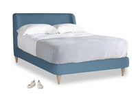 Double Puffball Bed in Easy blue clever linen