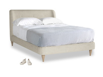 Double Puffball Bed in Shell Clever Laundered Linen