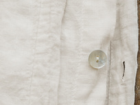 Lazy Linen bed linen button detail