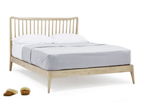 Kingsize Spindle Bed