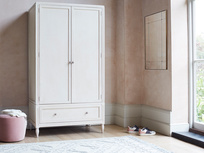 Grand Pimpernel thin wardrobe closet