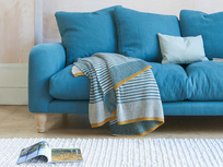 Easy Knit Throw blanket in Tea Towel Teal