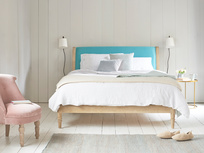 Darcy bed in Kingfisher clever cotton