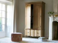 Pascaline solid oak wardrobe with drawers