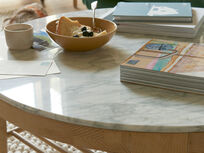 Marmo coffee table marble top detail