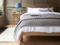 Chunky Knit Throw in Cosy Grey