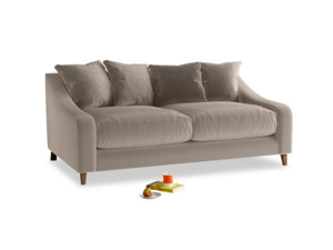 Medium Oscar Sofa in Fawn clever velvet