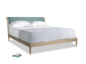 Superking Darcy Bed in Marine washed cotton linen