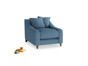 Oscar Armchair in Easy blue clever linen