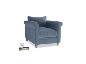 Weekender Armchair in Winter Sky clever velvet