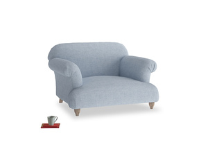 Soufflé Love seat in Frost clever woolly fabric