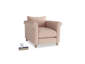 Weekender Armchair in Pink clay Clever Softie