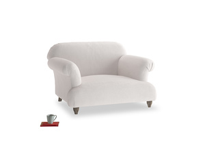 Soufflé Love seat in Winter White Clever Velvet