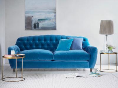 Modern Butterbump button back chesterfield sofa
