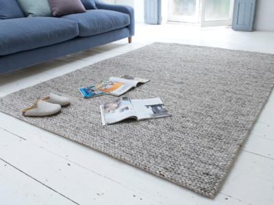 Yarn grey woven wool handmade rug