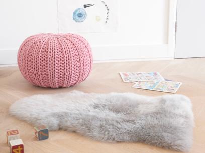Nuzzler rug