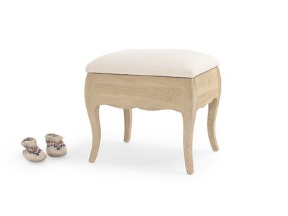 Louise stool