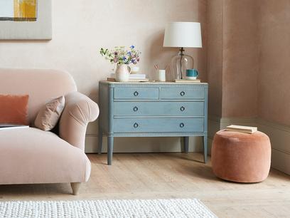 Rummage wooden Chest of bedroom Drawers in