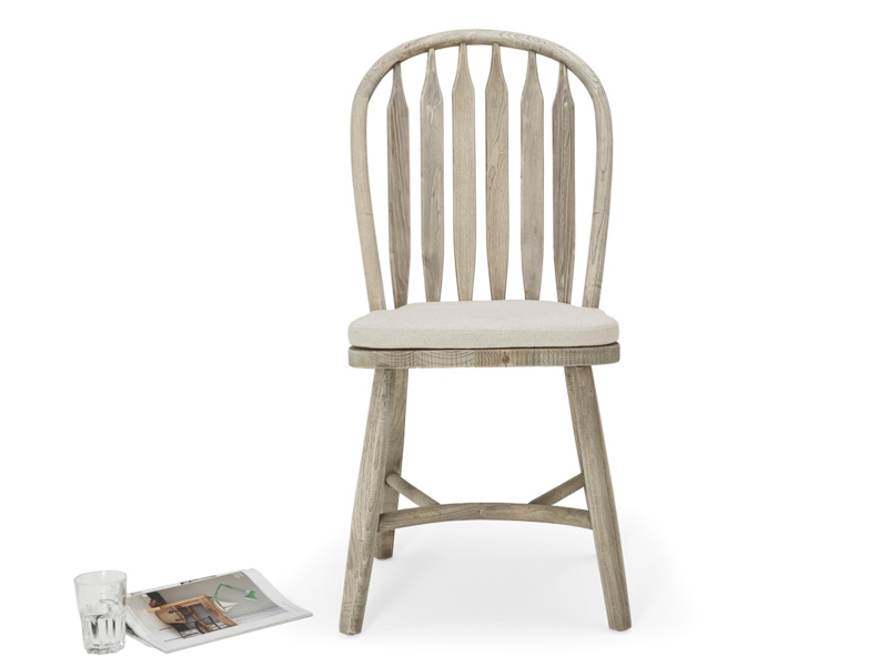 Traditional vintage Bossy Beached farmhouse kitchen chair
