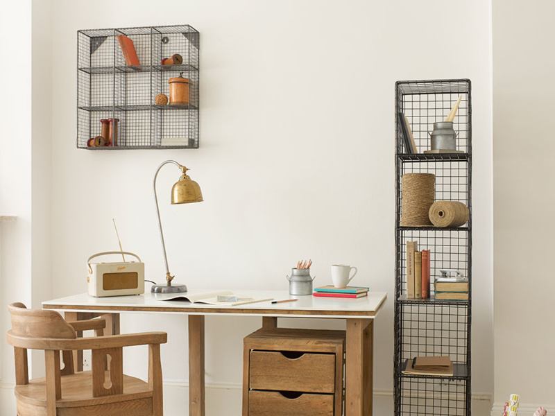 Industrial style waffle wire shelving and wall organiser