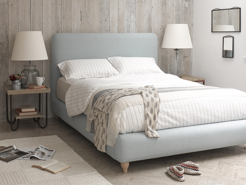 Contemporary upholstered luxury Ruffle bed
