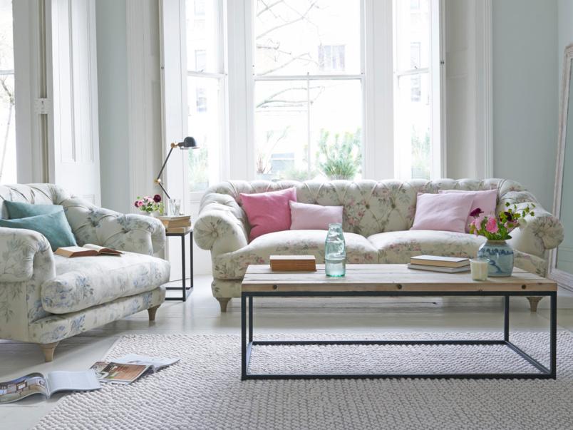 Chesterfield deep British made luxury Bagsie sofa