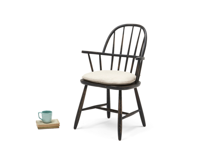 Wooden dining Chuckler back chair